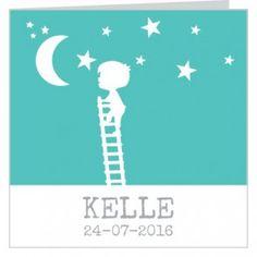 #Geboortekaartje voor een jongen met groene achtergrond een jongetje die op een ladder naar de #maan klimt en #sterren in het wit.   Maak het jouw eigen kaartje door het aan te passen met eigen tekst en bijpassende afbeeldingen uit onze beeldenmap op www.babyboefjes.nl. Direct het kaartje bewerken: http://www.babyboefjes.nl/geboortekaartje-01-1-0452.html