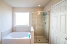 Master Bath #CypressRealtor #VillagesofCypressLakes #Betterhomesandgardenrealtor #cypressisd #realestate  #cypress