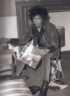 Espressogossip - Rare Photographs Of Celebrities (35 Photos) / Jimi Hendrix