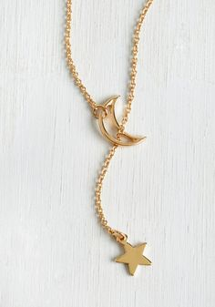 Comet Allez-Vous Necklace. Youll look as lovely as your feel when don this gleaming golden necklace. #gold #modcloth