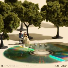 This Artist Creates Mini Dioramas With Ordinary Objects Every Single Day Of The Year