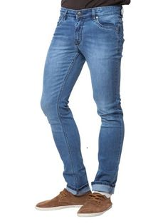Americanswan is offering Withers Light Blue Jeans @ Rs 699 How to catch the offer: Click herefor offer page Add Jeansin your cart Login or Register Fill the shipping details Make final payment