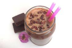 Guloseima fit: aprenda a fazer um milkshake vegano de brownie