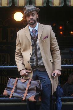 Shirt:Ben Sherman/Sweater:Penguin /Overcoat: Boss...