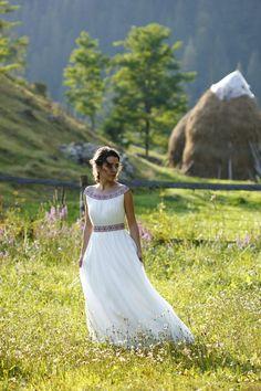 A simple yet beautiful traditional Romanian wedding dress