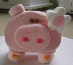 Cute marshmallow piggy