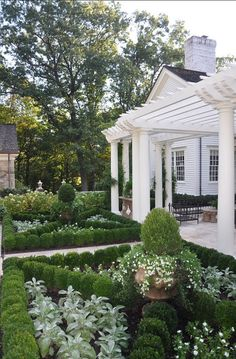 Discovering garden styles part Formal gardens