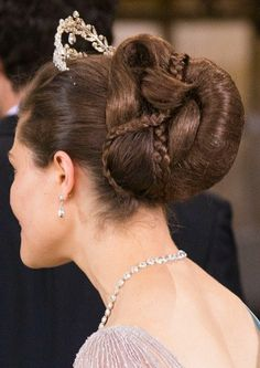 which royals use false hair? any of the swedish princesses besides Victoria? Many royals use hairpieces for their hairstyles =) Silvia and Victoria use a hairpiece mainly for their intricate. Royal Hairstyles, Tiara Hairstyles, Fancy Hairstyles, Different Hairstyles, Princess Victoria Of Sweden, Crown Princess Victoria, Royal Tiaras, Royal Jewels, Royal Crowns