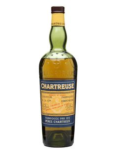 Chartreuse Yellow / Bot.1950s - An old presentation of splendid Blue & Orange label. This particular Yellow Chartreuse has been estimated to originate from the 1950s.