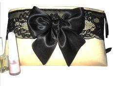 "Maquillaje bata la crema ""ropa interior"" de Westend Cowgirls por DaWanda.com"