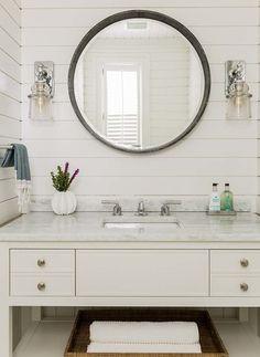 Hall/Powder bath ins