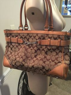 Check out Coach Large Monogram Hampton tote and wallet on Threadflip!