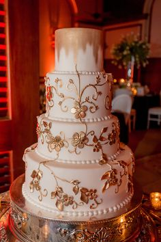 Wedding Cake Inspiration from The Breakers Cake Shop