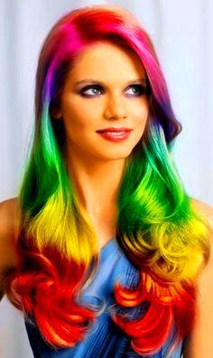 (¯`'•.¸de l'arc-en-ciel¸.•'´¯) ❷ Rainbow color hair These colors makes this hair style so cool. Love it. Incensewoman