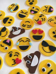 Fondant Emoji Cupcake Toppers/Cake Decoration 1 by SweetGraceBakes