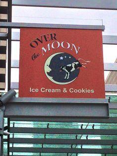 Over the Moon Ice Cream & Cookies in San Francisco http://placesiveeaten.blogspot.com/2014/10/over-moon-ice-cream-cookies.html