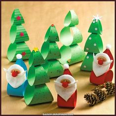 Anleitung Xmas Wackelfiguren basteln Handicraft fun for the little ones: tinker with Christmas bobbles Christmas Crafts For Kids, Xmas Crafts, Kids Christmas, Diy And Crafts, Christmas Gifts, Christmas Ornaments, Funny Christmas, Toilet Paper Roll Crafts, Paper Crafts