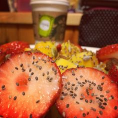 #fruittysalad #papaya #strawberries #chiaseeds #raisins #nuts #delish #fruittylove #Padgram