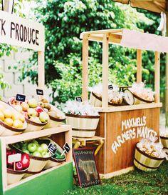 New Fruit Basket Display Party Ideas 32 Ideas First Birthday Parties, First Birthdays, Birthday Fun, Park Cafe, Buffet Dessert, Vegetable Stand, Fruit Stands, New Fruit, Farmers Market