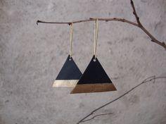 Boucles d'oreilles en cuir géométrique, triangle bleu marine et or