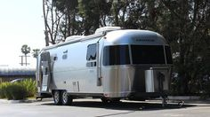 BBC - Autos - Airstreams Land Yacht concept is production-bound