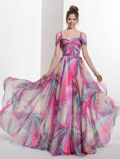 A-Line Spaghetti Straps Beading Court Train Prom Dress - Cute Dresses Best Prom Dresses, Prom Dresses Online, Dress Online, Ladies Dresses, Homecoming Dresses, Long Gown Dress, Chiffon Dress, Stylish Dresses, Fashion Dresses