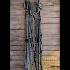 Jersey Maxi Dress Tie-dyed maxi dress w/ ruffled top - jersey material - NWOT, never worn NO TRADES/PP Dresses Maxi