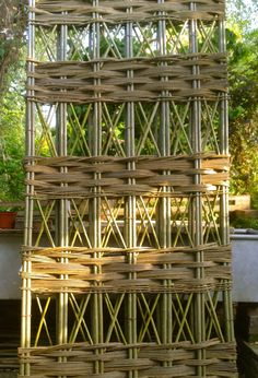 Bespoke willow trellis panel handmade with willow certified organic by the Soil Association Prices from £36.00 Tel: 0845 020 4225 www.waterwillows.com