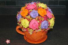 Fun pot for a cupcake bouquet! Cupcake Bouquet http://www.blossmmms.com/