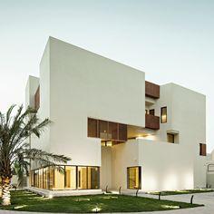 Box House II / Massive Order