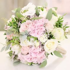 Pekné a dobré ránko želáme s voňavou kytičkou!  #kvetysilvia #kvetinarstvo #kvety #svadba #love #instagood #cute #follow #photooftheday #beautiful #tagsforlikes #happy#like4like #nature #style #nofilter #pretty #flowers #design #awesome #wedding #home #handmade #flower #summer #bride #weddingday #floral #naturelovers #picoftheday