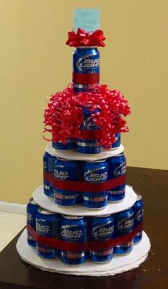 """Perfect 21st Birthday Present - Beer """"Cake""""! Im going to make this for my boyfriend when he turns 21! by francisca"""