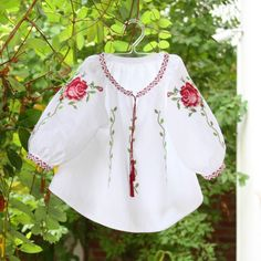Embroidery Patterns Free, Embroidered Blouse, Cute Girls, Floral Tops, Bell Sleeve Top, Tunic Tops, Costumes, Womens Fashion, Clothes