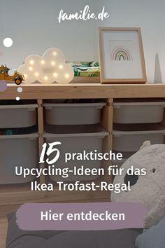 Dass das Ikea-Trofast-Regal vor allem bei Kindern so beliebt ist, überrascht wenig: Statt normalen Regalböden werden in diesen Schrank Boxen geschoben, dank denen es super einfach ist, im Kinderzimmer Ordnung zu halten (okay, zumindest in der Theorie). Ikea Trofast Regal, Ikea Regal, Hacks, Entryway Tables, Upcycle, Furniture, Home Decor, Kids Discipline, Nursery Set Up