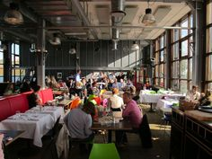 NDSM - IJ-kantine, bar and restaurant with live music on Sunday.