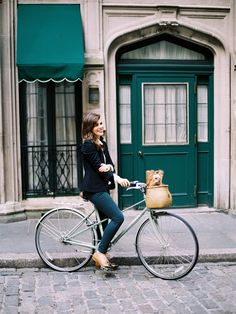 Love Everything About This Look + Bike