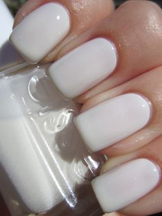 Perfect winter white polish/plain and simple, yet pretty & girly