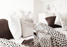 dots bedding