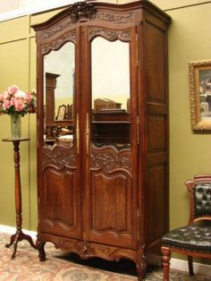 ANTIQUE FRENCH CARVED OAK MIRROR ARMOIRE STORAGE CABINET WARDROBE ~ LATE 1800s