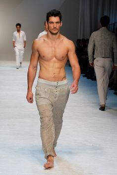David Gandy walks the runway during the Dolce & Gabbana fashion show as part of Milan Fashion Week Menswear Spring/Summer 2012 on June 2011 in Milan, Italy David James Gandy, Beauty Around The World, Mens Trends, British Men, Male Models, Sexy Men, Hot Guys, Beautiful People, Fashion Beauty