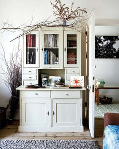 myidealhome:      vintage cabinet (via desire to inspire)