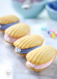 Learn how easy it is to make seashell pearl cookies. These cookies are perfect for a beach theme or mermaid party. Also fun for a quick and easy dessert using Madeline cookies. Seashell Cookies, Dessert Halloween, Madeleine Recipe, Dinner Recipes, Dessert Recipes, Dessert Ideas, Breakfast Recipes, Simple Dessert, Keto Recipes