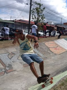 Jóvenes de Paso Ancho tendrán pista de patinaje y bicicletas