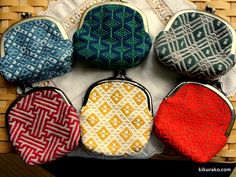 がまぐち財布。 同じ形のお財布も色柄・模様が異なると印象もちがいますね。つくる前から迷ってしまいそうですね。