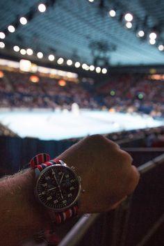 Tennis in Basel. Mechanisch-automatisches Schweizer Valjoux Werk (ETA 7750) Edelstahlgehäuse 316L satiniert
