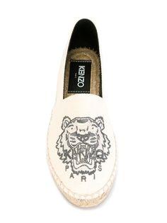 Купить Kenzo эспадрильи 'Tiger' в Julian Fashion from the world's best independent boutiques at farfetch.com. 400 бутиков, 1 адрес. .