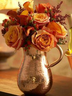 Floral Arrangement - Copper - Hammer Pitcher & Roses ❁✦⊱❊⊰✦❁ ڿڰۣ❁ ℓα-ℓα-ℓα вσηηє νιє ♡༺✿༻♡·✳︎·❀‿ ❀♥❃ ~*~ FR Jun 10, 2016 ✨вℓυє мσση ✤ॐ ✧⚜✧ ❦♥⭐♢∘❃♦♡❊ ~*~ нανє α ηι¢є ∂αу ❊ღ༺✿༻♡♥♫~*~ ♪ ♥✫❁✦⊱❊⊰✦❁ ஜℓvஜ