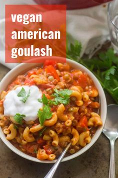 Easy Vegan Goulash Lentils and mushrooms are simmered up with macaroni pasta and smoky, savory tomato sauce to make this easy vegan American goulash. A delicious and healthy crowd-pleasing vegetarian dinner recipe! Easy Vegan Dinner, Vegetarian Recipes Dinner, Vegan Dinners, Easy Dinner Recipes, Vegetarian Food, Vegetarian Recipes American, Italian Recipes, Dinner Ideas, Gourmet