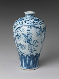 Vase in Meiping Shape with Daoist Immortal Zhongli Quan  Period:     Ming dynasty (1368–1644)