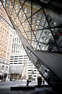 Royal Ontario Museum, Toronto, Ontario, Canada. The Crystal, extension by Daniel Libeskind, architect.